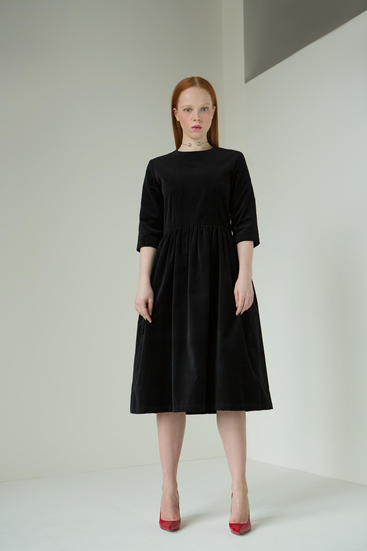 Платье бархатное<br><br>Цвет: Черный