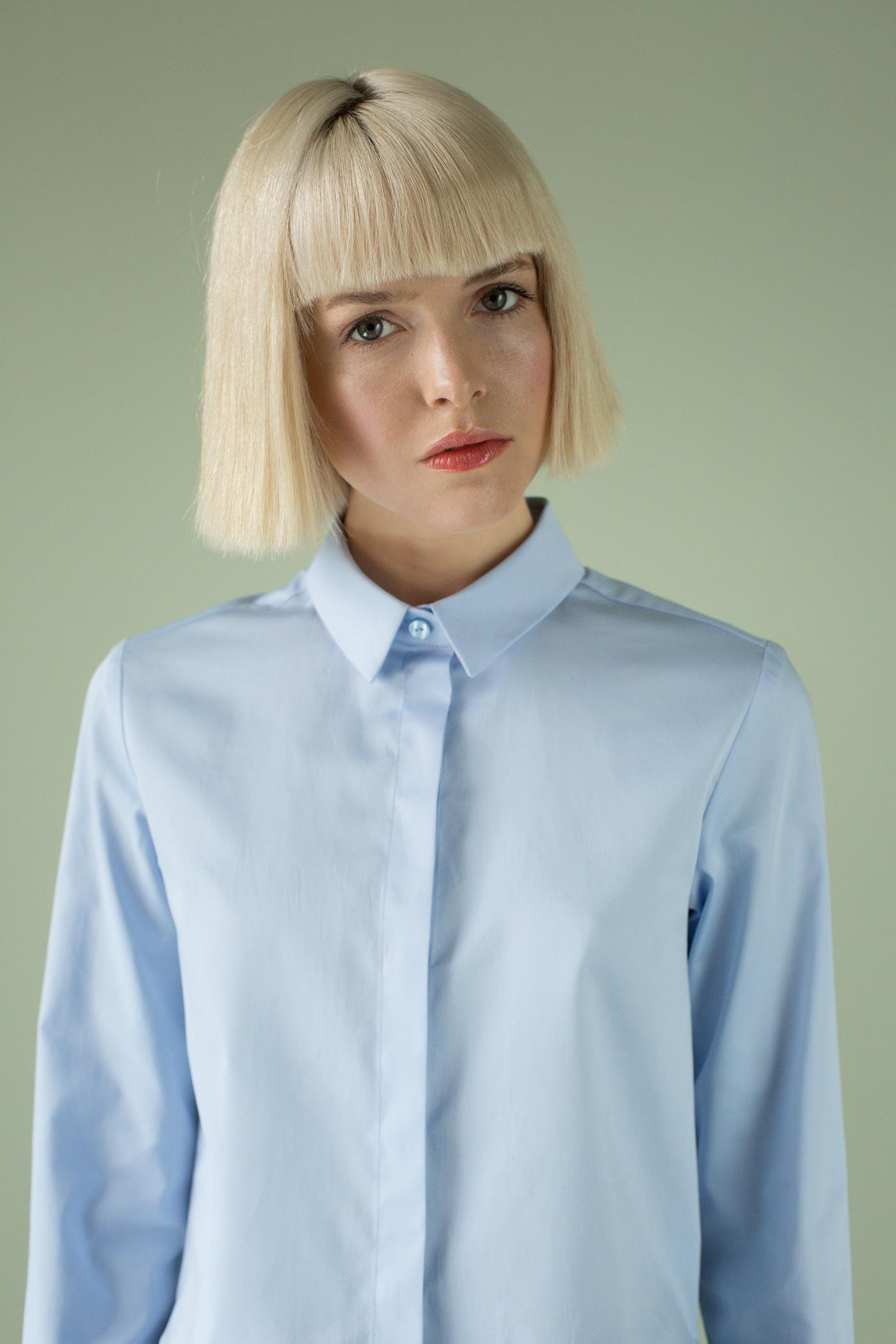 РубашкаРубашка из хлопка прямого силуэта с удлиненной спинкой.&#13;<br>&#13;<br>&#13;<br>центральная застежка (двойная планка со скрытыми пуговицами).&#13;<br>&#13;<br>плечевой шов немного смещён на переднюю часть.&#13;<br>&#13;<br>cпинка с кокеткой.&#13;<br>&#13;<br>воротник стойка с отложным воротничком.&#13;<br>&#13;<br>длина рукава до запястья, с манжетой и планкой&#13;<br>&#13;<br>спинка длиннее переда на 9 см&#13;<br>&#13;<br>низ обработан обтачкой (разрезы по бокам)&#13;<br>&#13;<br>&#13;<br> &#13;<br>&#13;<br>Длина по спинке-65см&#13;<br>&#13;<br>Длина переда (по центру) – 51 см<br><br>Цвет: Васильковый<br>Размер: XS, S, M, L