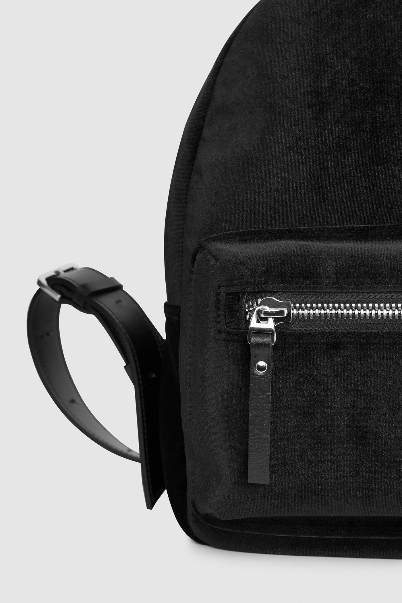 Asya Malbershtein  Leather velvet backpack